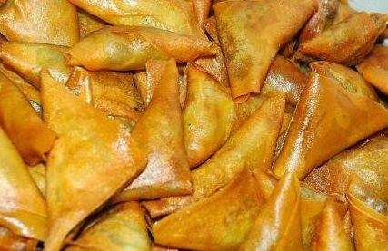 Chicken Samosa Banane Ka Tarika